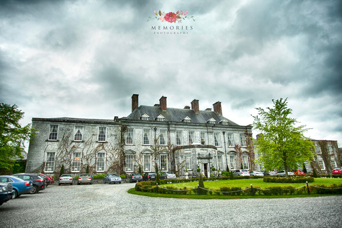 Jacinta and Guy Wedding in Castle Durrow