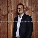CEO-Björn_Henning_1.png