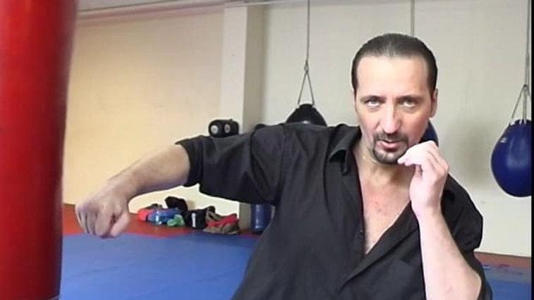 II часть:Базовый уровень I . Атакующая техника. Удары руками.