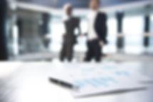 Dokumenty i nieostre Biznes mężczyzn