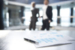 Documentos e borradas Homens de Negócios