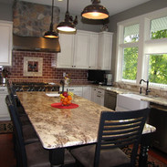 Fully equipped gourmet kitchen to assist you in preparing delicious meals