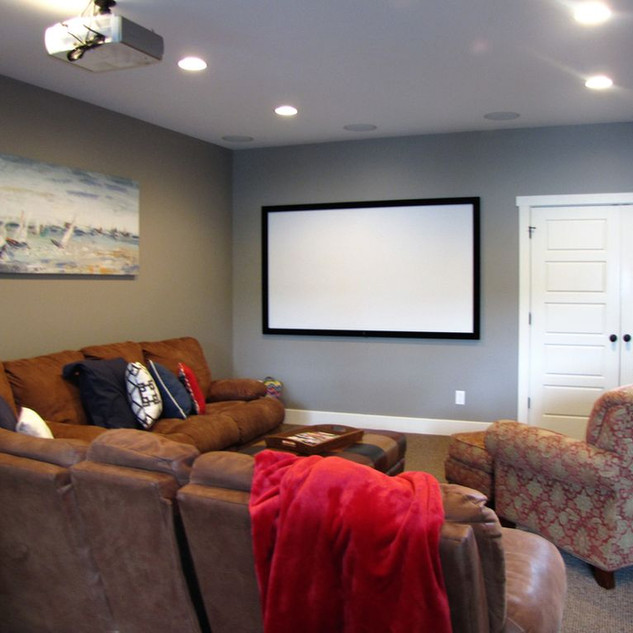 Home theater with projection system, for big screen viewing