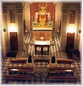 09-interno-chiesa-del-Corpus-Domini-292x