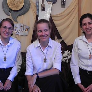 Ingresso Noviziato:  Elsa, Anna e Chiara