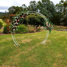Hire circular arch.jpg