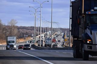 Local political reaction to Île-aux-Tourtes Bridge plans