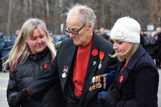 Hudson pays tribute to Canada's fallen soldiers during annual Remembrance Day parade