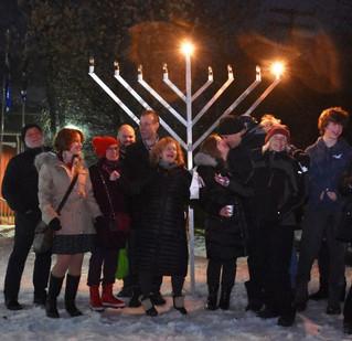 Festival of Lights brightens seasonal darkness in local communities