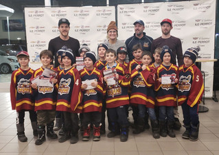Hockey heroes meet young fans