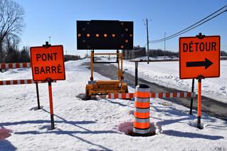 Vaudreuil MNA Nichols launches petition to fix des Chenaux overpass