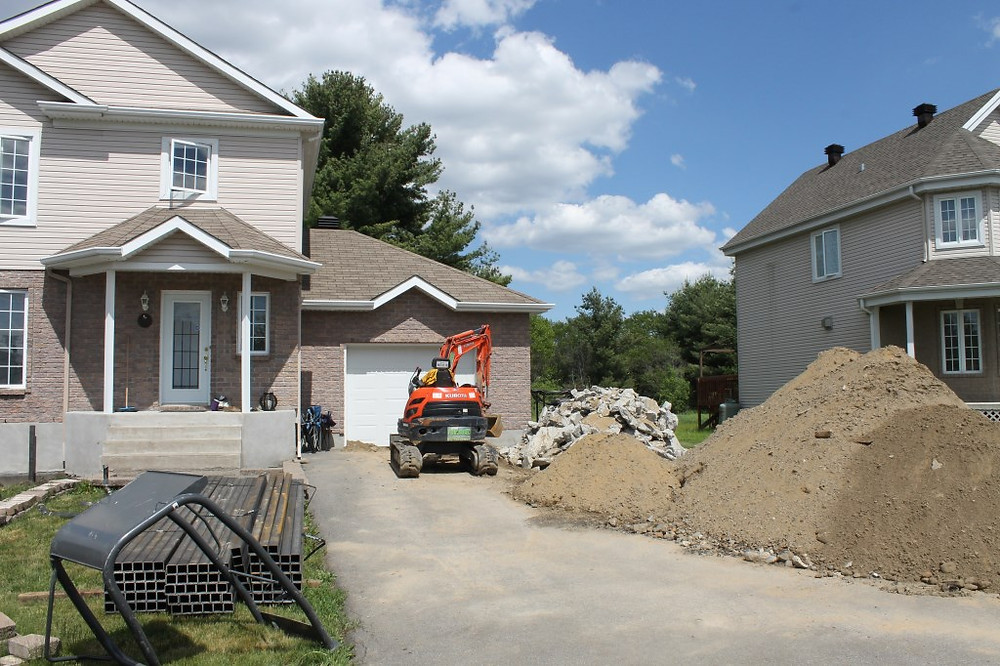 YLJ FILE PHOTO/CARMEN MARIE FABIO St. Lazare resident Joanne Ackland asked council why there was no financial help for howeowners who'd unknowingly purchased homes built on unstable soil necessitating costly structural repairs.