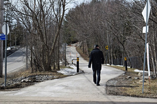 Pedestrians and cyclists asked to respect each other while on Ste. Anne's bike paths