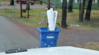 Saint-Lazare wants residents to stop puting non-recyclable items into blue bins