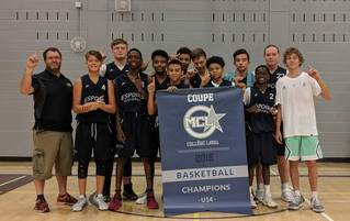Sud-ouest champions Île-Perrot Cavaliers at MCL tournament