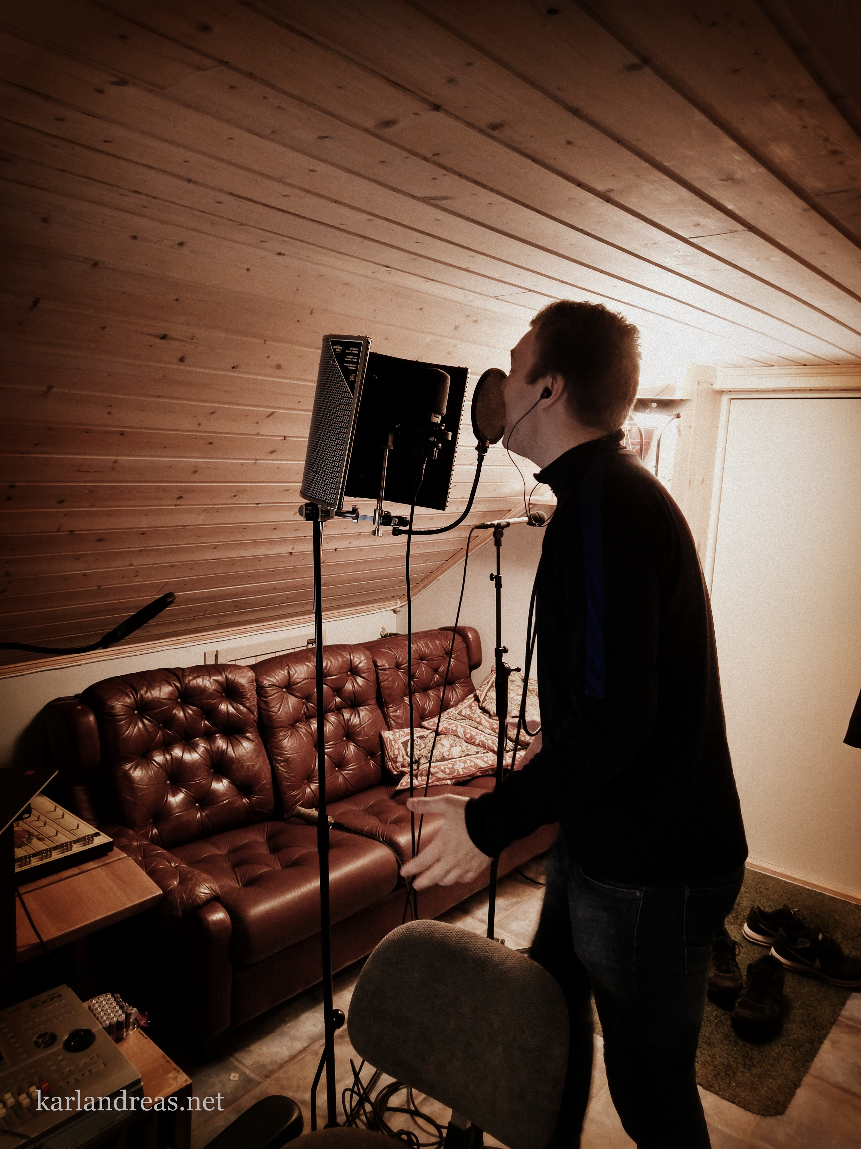 Tobias synger fotballsang - 2018