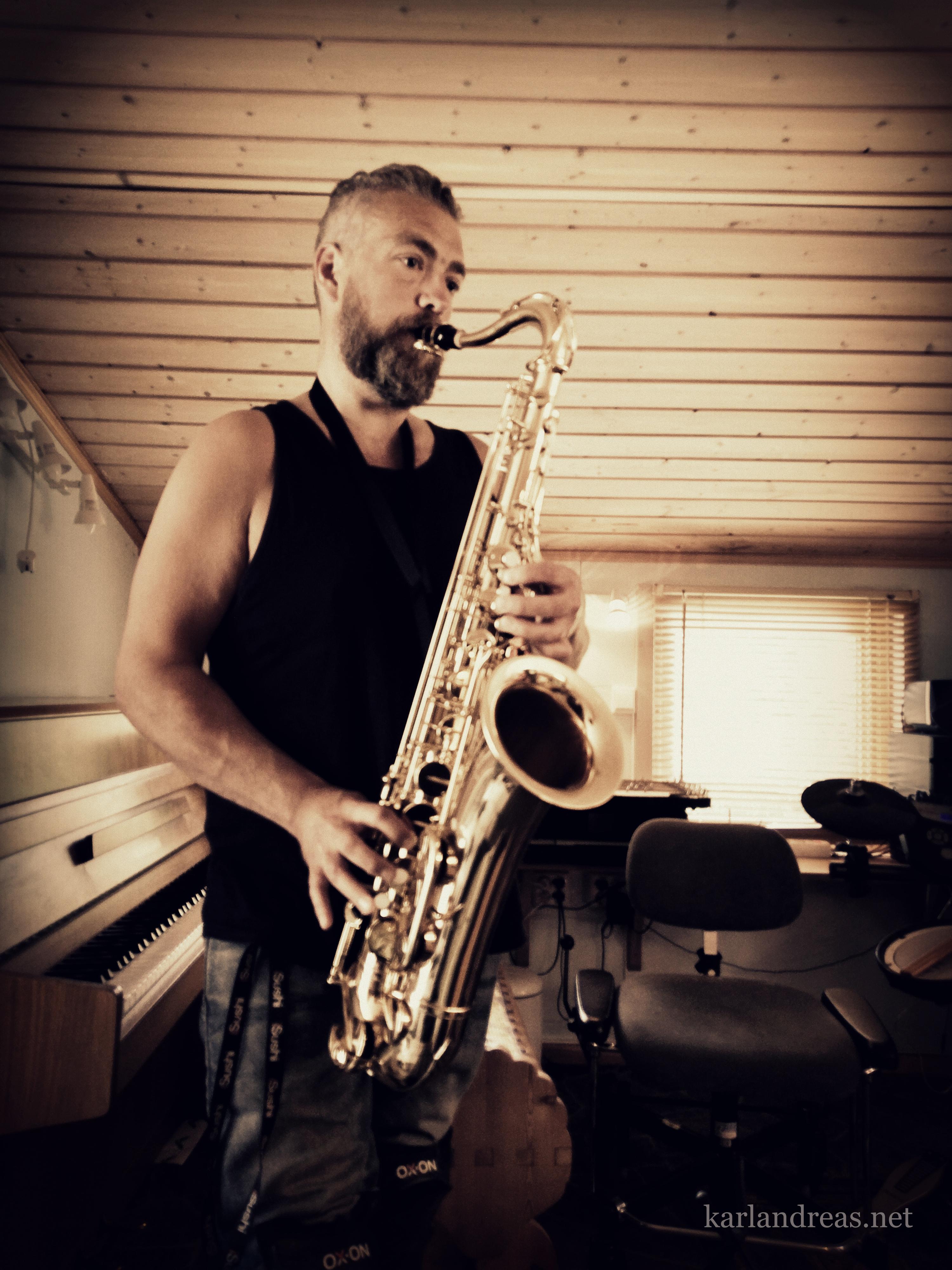 Trygve saksofon - Honning Med Bismak