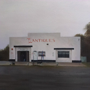 Moe's Anitques