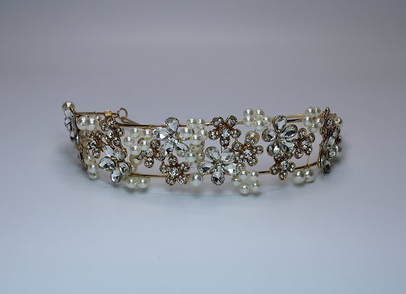 Pearl silver and gold hair accessory
