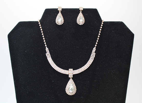 Gold Earring and necklace set