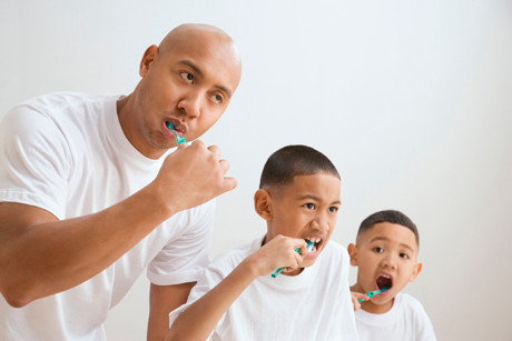 Kid-Tested, Dentist-Approved: 6 Teeth Cleaning Tips from Dentist Parents
