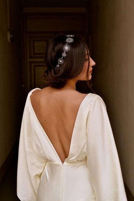 Headband céleste étoiles argenté coiffure de mariée cheveux bruns