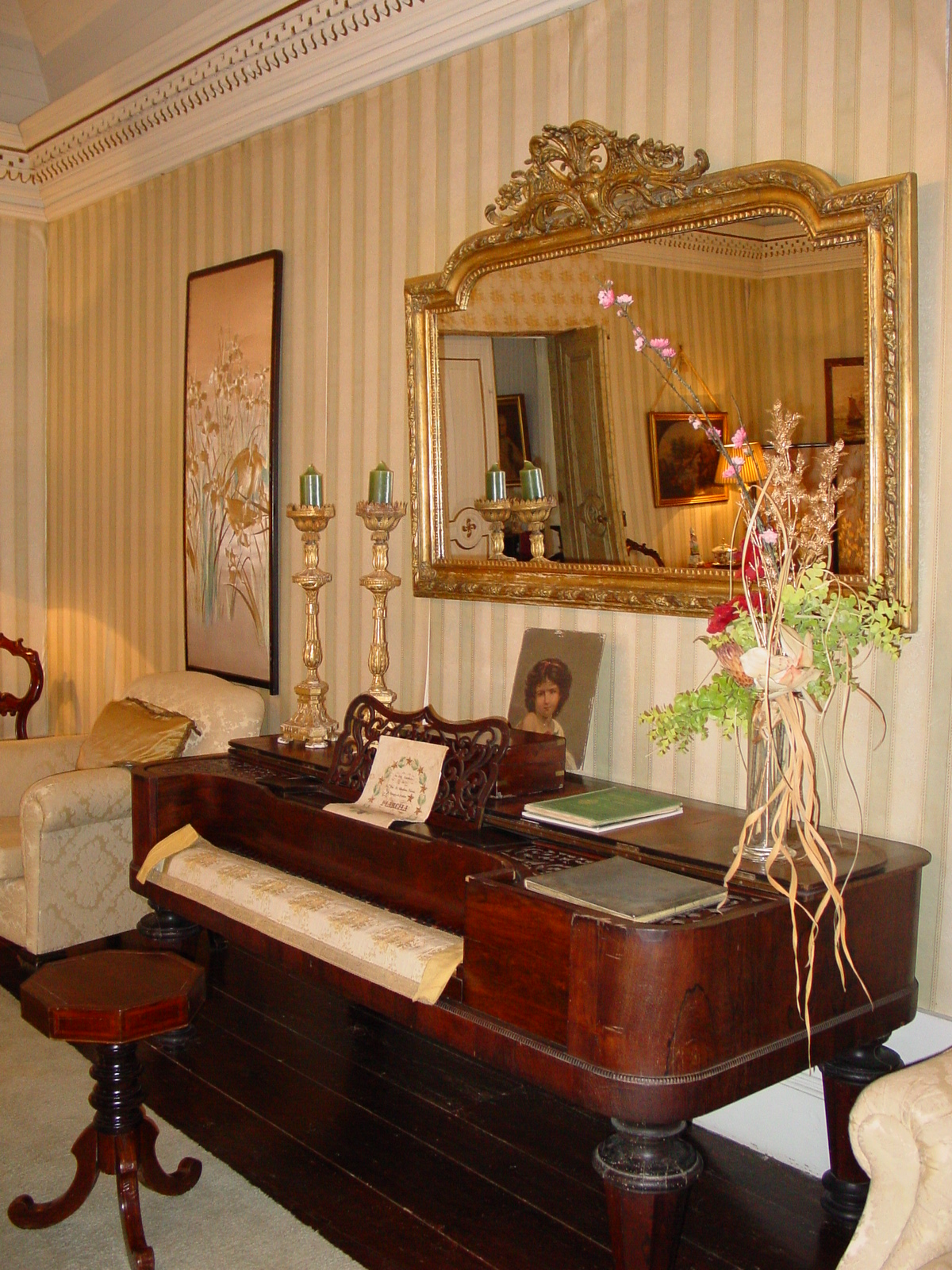 Piano in the main saloon