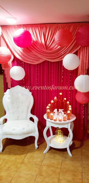 escenario-rosado.png