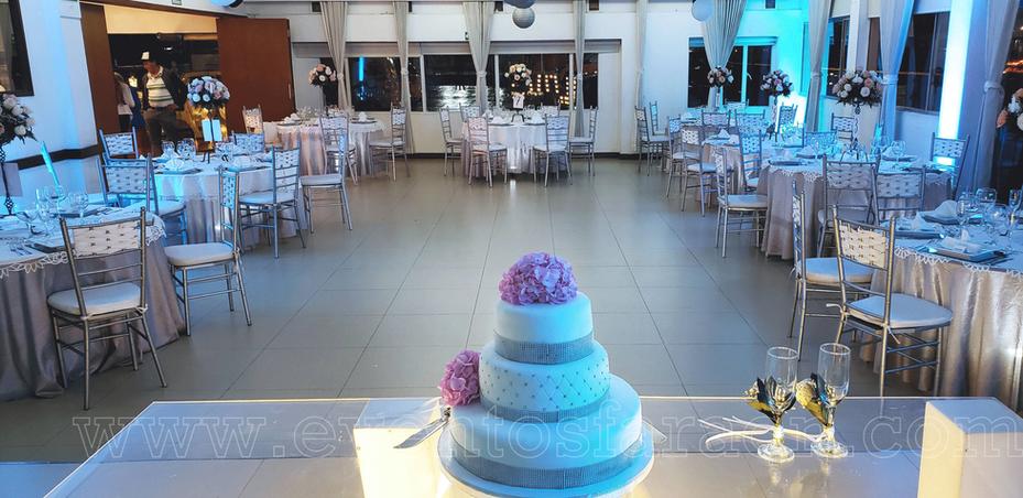 salon-con-perspectiva-torta.png