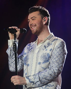 sam-smith-non-binary-genderqueer-01.jpg
