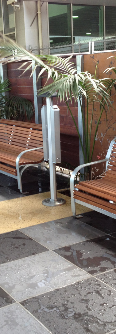 T1 Smokers Area