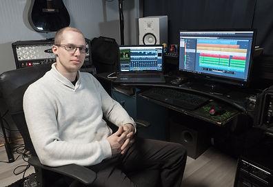 Childé, Technicien son et propriétaire du NorthShore Studio.