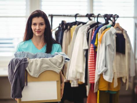 Chega de bagunça: aprenda a organizar o guarda-roupa em 4 passos! (com vídeo)
