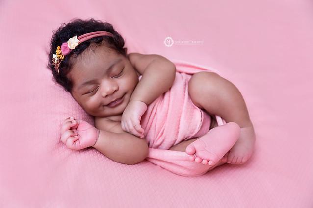 20(C)MellzPhotographyLTD_London Newborn Photographer