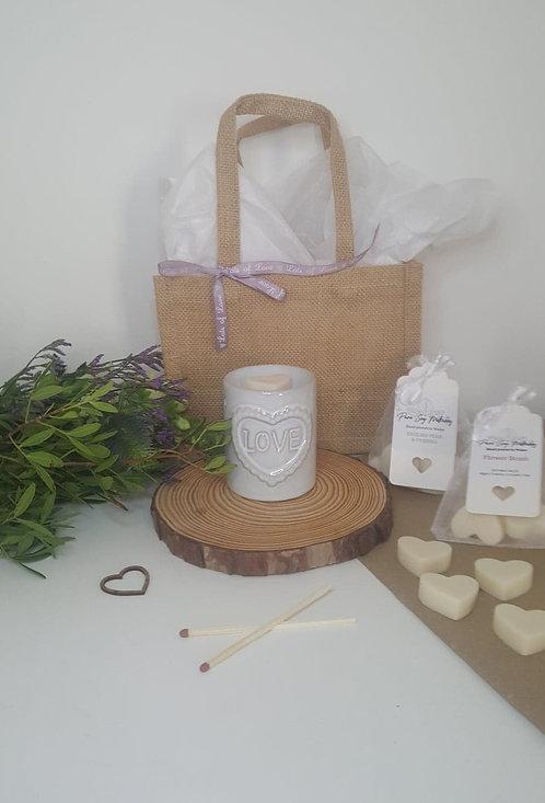 Shabby Chic 'LOVE' Burner Small Gift Set