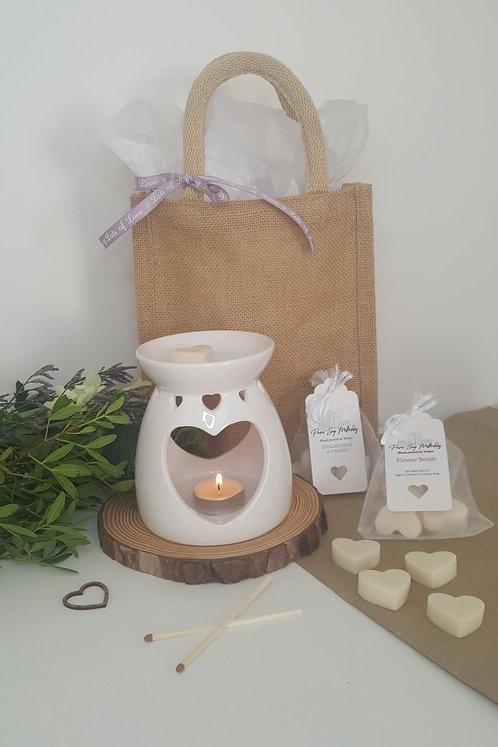 White Heart Burner Gift Set