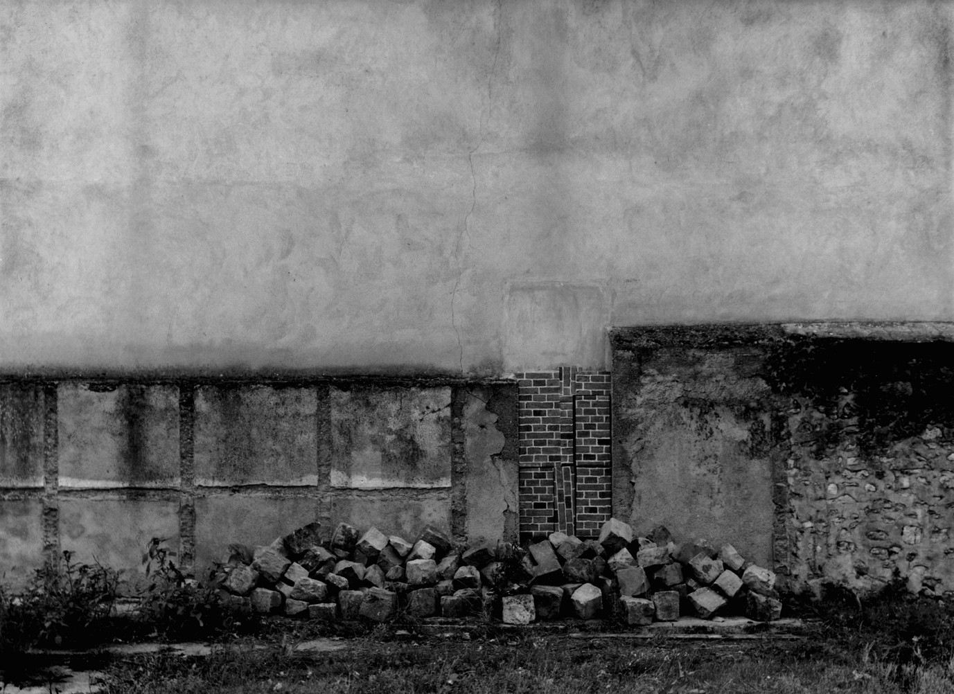 Le monument, 1997