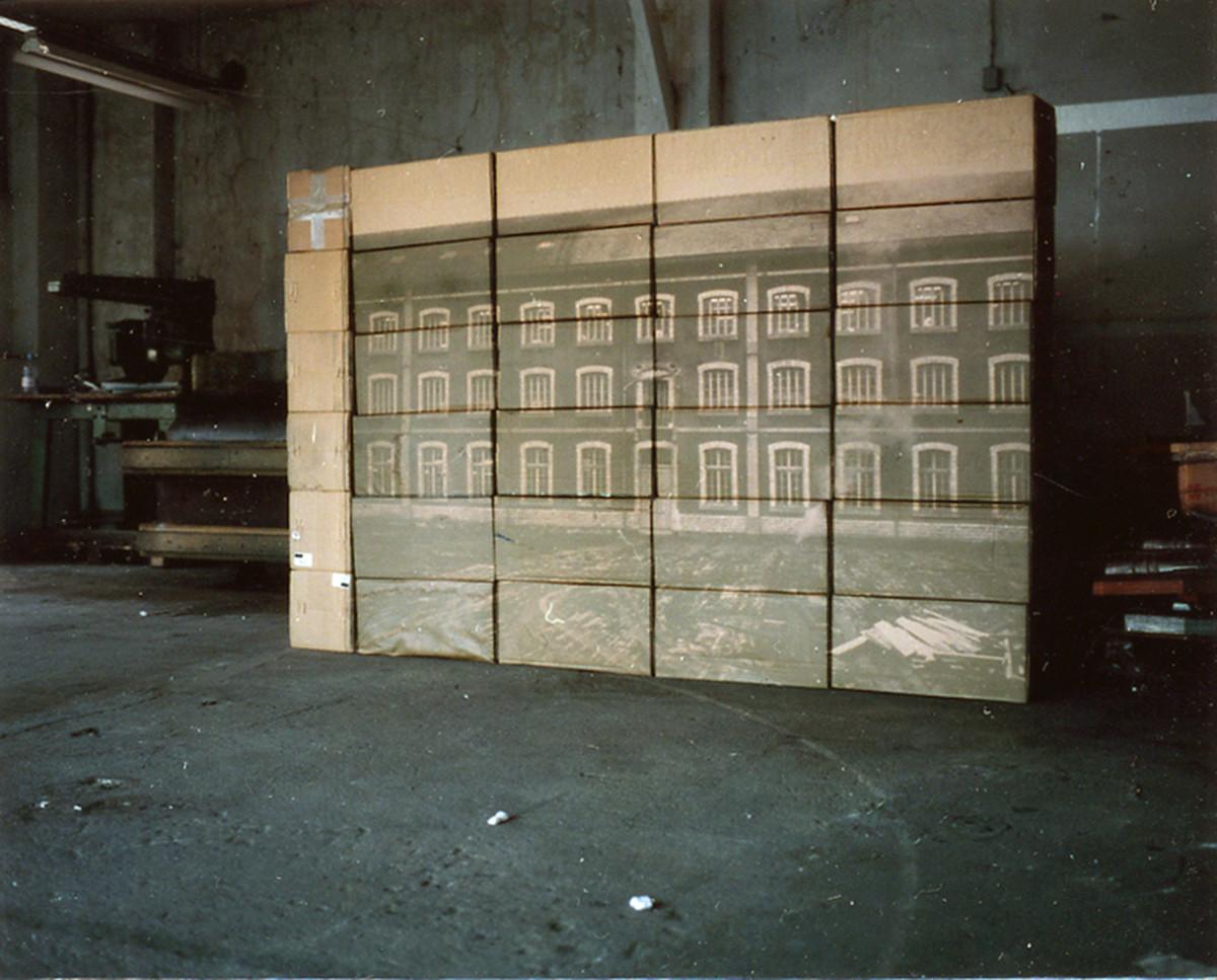 La façade, 2000