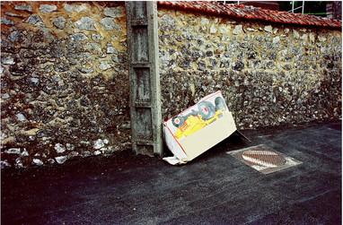 Le carton, 2001