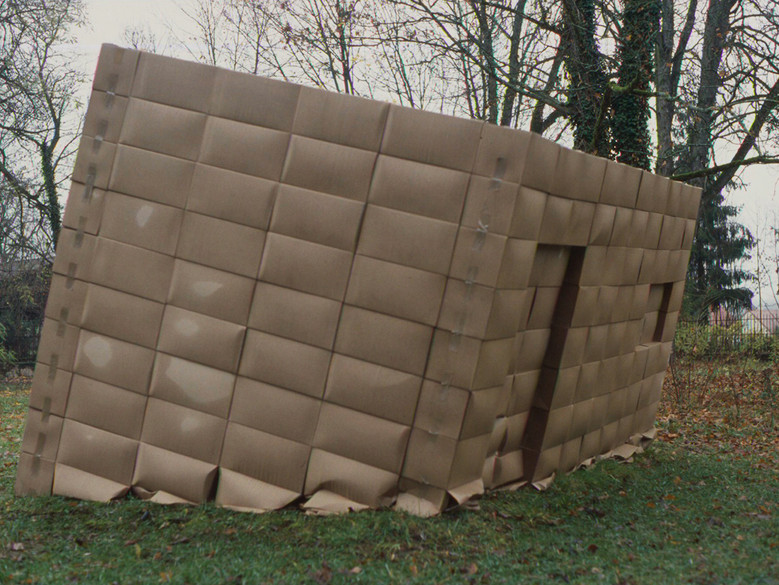 La cabane, 2004