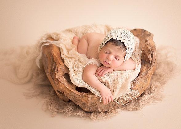 Lily bonnet