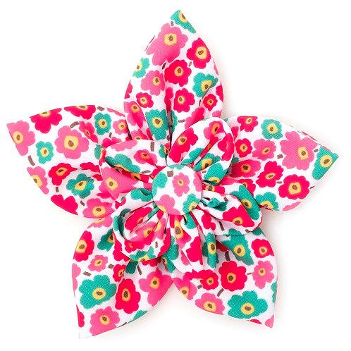 Fleurs Pink Flower Collar Attachment