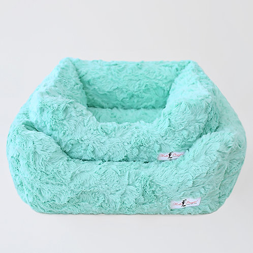SALE!!!!    Bella Dog Bed: XS Dogs Mint from Hello Doggie