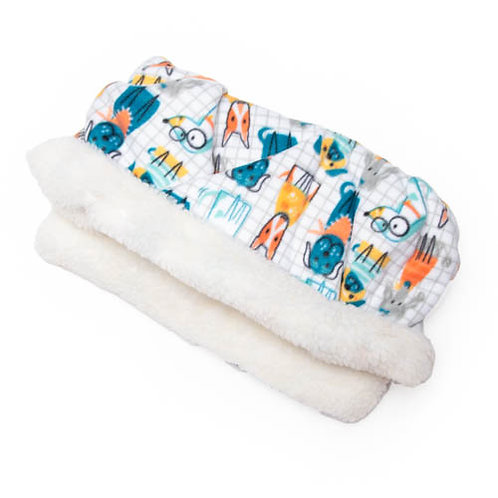 Dogs on Grid Printed Fleece Fabric Pocket Pet Bed