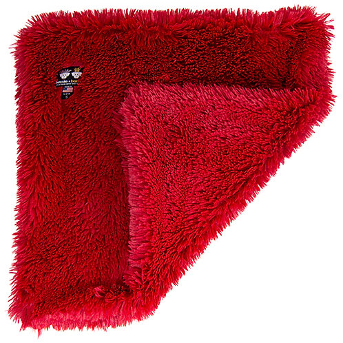 Blanket- Lipstick from Bessie and Barni