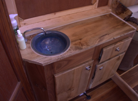 WaterWoody vanity sink