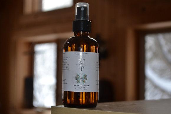 Huile pour bébé Câlin baby bath and massage oil 120 ml