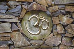 OM stone wall