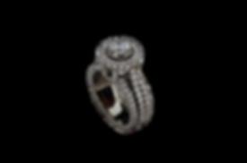 Золотое кольцо из белого золота с бриллиантом в 1 карат