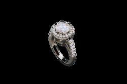 Кольцо с каратным бриллиантом
